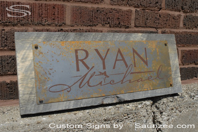 Saunzee Custom Barn Wood Sign Timber Sign Wood Crates Signs Western Vintage Look Sign Rustic Rusty Steel Sign Old Rusty Metal Sign Nailed On Barn Board Retail Sign Retailer Signs Promotional Signs Advertising Sign Ryan Michael Signage