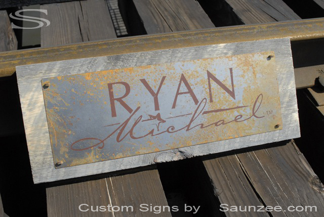 Saunzee Custom Barn Wood Sign Timber Sign Wood Crates Signs Western vintage Look Sign Rustic Rusty Metal Sign Old Rusty Steel Sign Nailed On Barn Board Retail Sign Retailer Signs Promotional Signs Advertising Sign Ryan Michael Signage