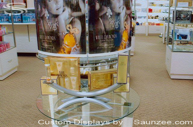 Saunzee Custom Beauty Displays Brush Steel Tube Display Retail Table Top Display Perfume Bottle Displays Metal Shiny Display High end Display