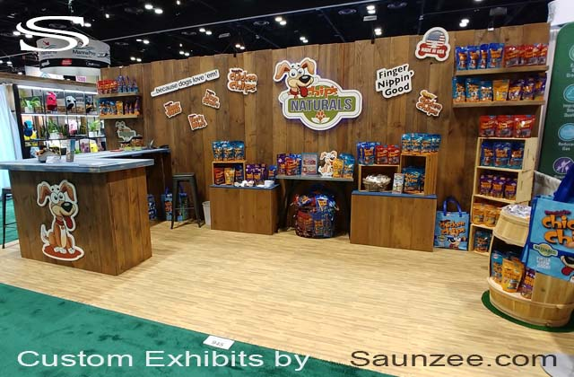Exhibits Portable Rustic Exhibit Wooden Trade Show Booths Exhibits Pop Up Booth Chips Naturals dogs