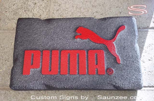 Europe Saunzee Switzerland Custom Metal look Signs industrial look Signs POP Sport Store Signage Puma Shoes POP Signs