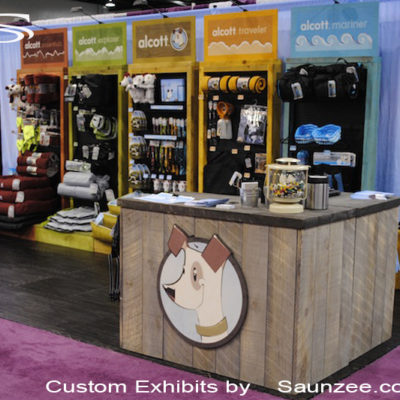 Saunzee_Custom_Exhibits_Free_Standing_Exhibits_Slides_Together_Designed_for_Easy_Setup_Colorful_Trade_Show_Booth_Total_Pet_Expo_Convention_Center_Alcott
